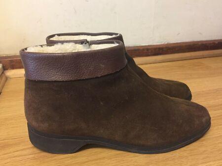k by Clark's shoes winter skips womens fur boots size uk 8 / eu 42 .