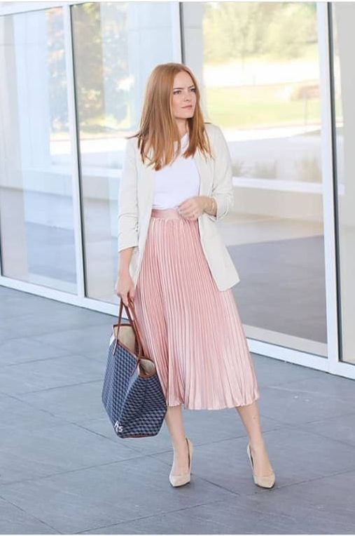 Chic And Classy Work Outfit Ideas For Women - The Glossychic in .