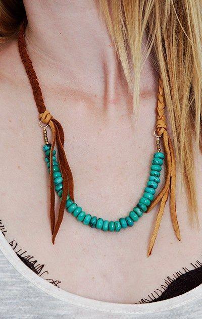 Boho chic necklace. Braided leather + turquoise beads. #boho .