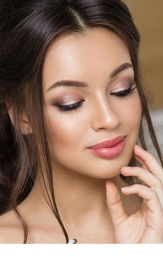 Soft makeup and classy hairstyle | Wedding day makeup, Bridal .
