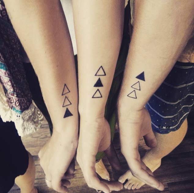 22 Awesome Sibling Tattoos for Brothers and Sisters - TattooBle