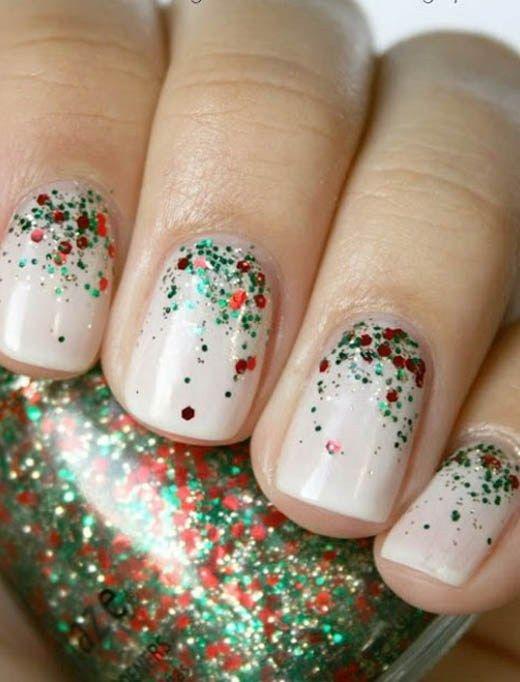 21 Fabulous and Easy Christmas Nail Designs - crazyforus .