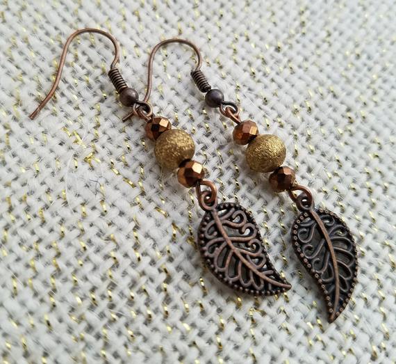 Fall Inspired Beaded Leaf Earrings   Et