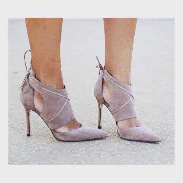 Pin on Footwear Sandals Hee