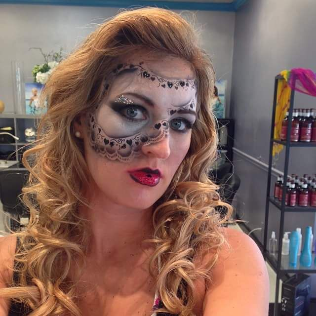 40 Fresh Pretty Halloween Makeup Ideas for Making You the .