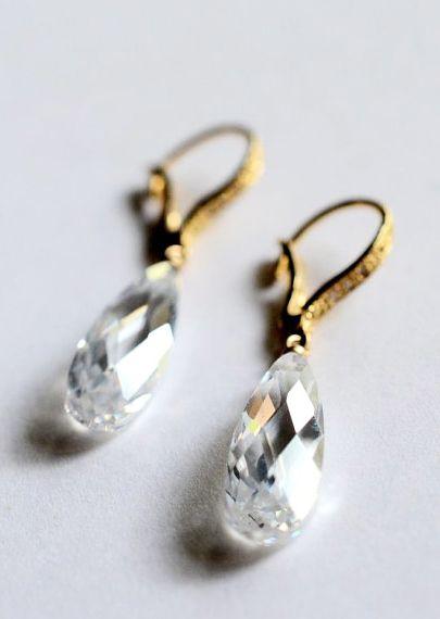 Jewelry, Earrings, Funky jewel