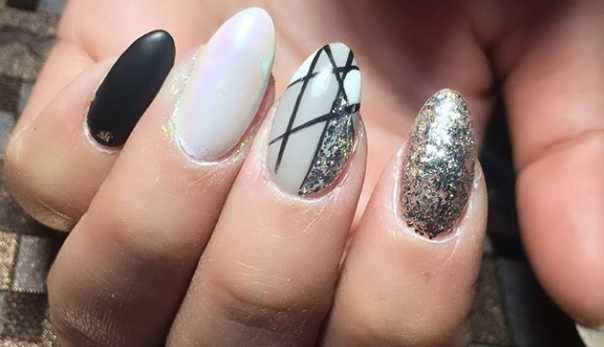 31 Fun & Easy Geometric Nail Art Ideas to Copy Right Now   CafeMom.c
