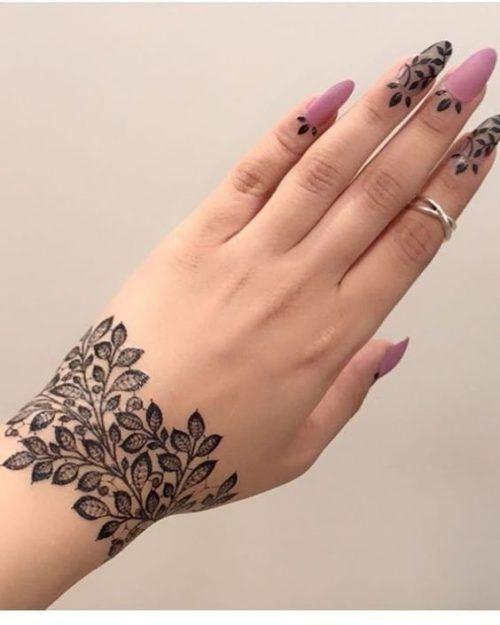 Best Indian Wedding Blog for Planning & Ideas. | Wrist henna .