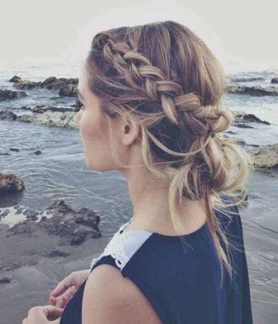 10 Trendy Messy Braid Bun Updos - PoPular Haircuts   Hair styles .