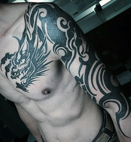 9 Mind Blowing Tribal Shoulder Tattoos for M