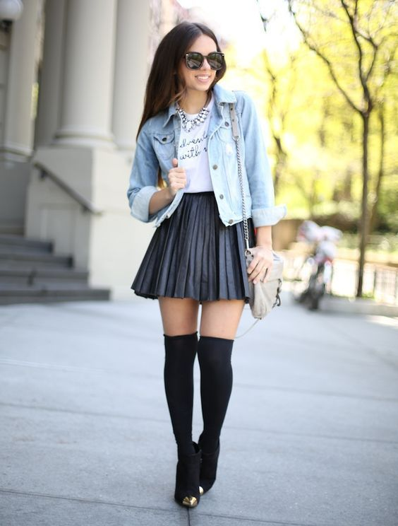 CLICK on the photo to SHOP this beautiful skirt :) Black mini faux .