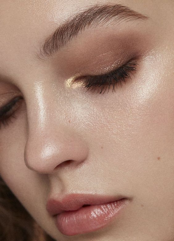 Fall Makeup Inspired by Minimalism Trend   Clothia in 2020 .