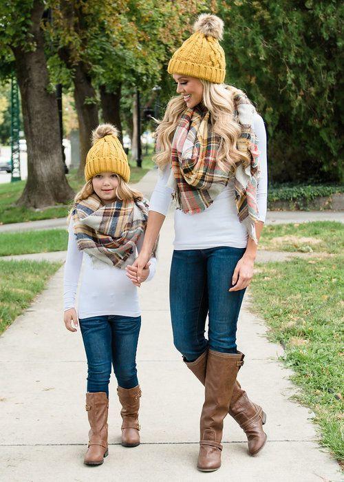 Стильные образы для мамы и дочки   Mother daughter fashion, Mother .