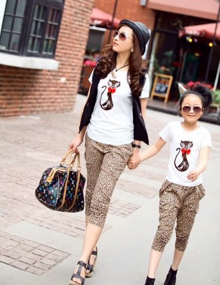 19 Adorable Mothers and Daughters Matching Outfit Ideas   Mom .
