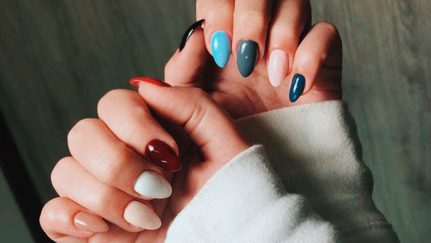 You Will Want to Try This Season's Multi-Color Nail Polish Tre