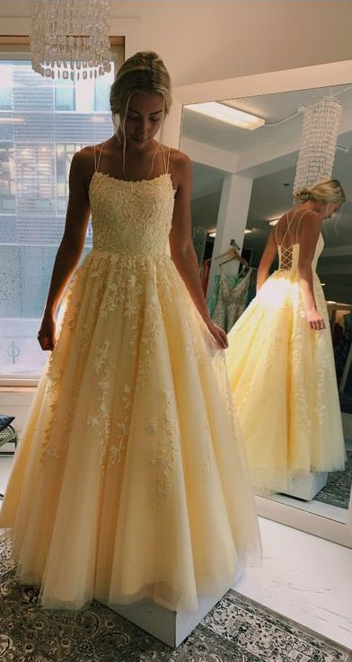 Daffodil Straps A-Line Tulle Long Prom Dresses With Appliques .