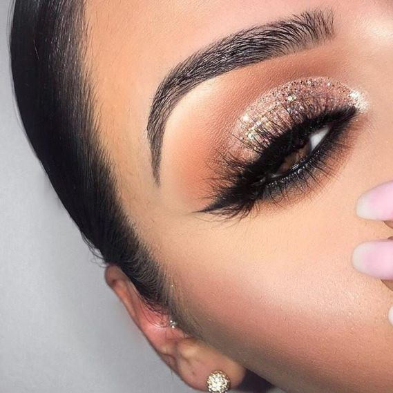 10 Prom Makeup Looks That Will Make You The Center Of Attention .