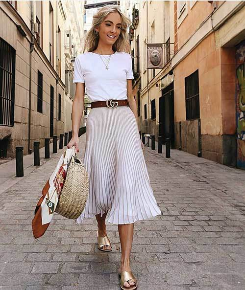 30+ Best and Easy Ways to Wear Pleated Skirt Outfit Styles .