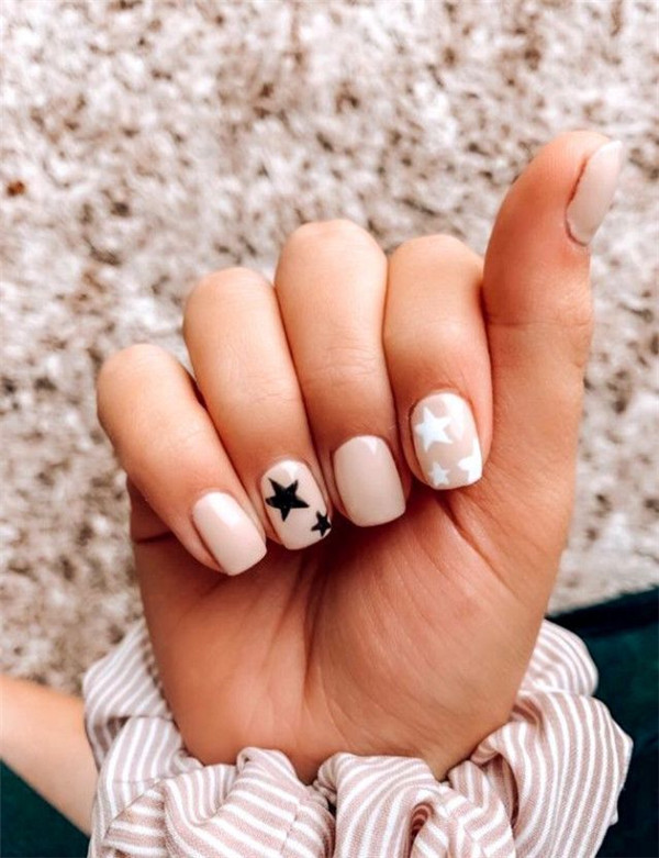 30+ Cool Star Nail Art Designs You Will Love - Page 5 of 37 - You .