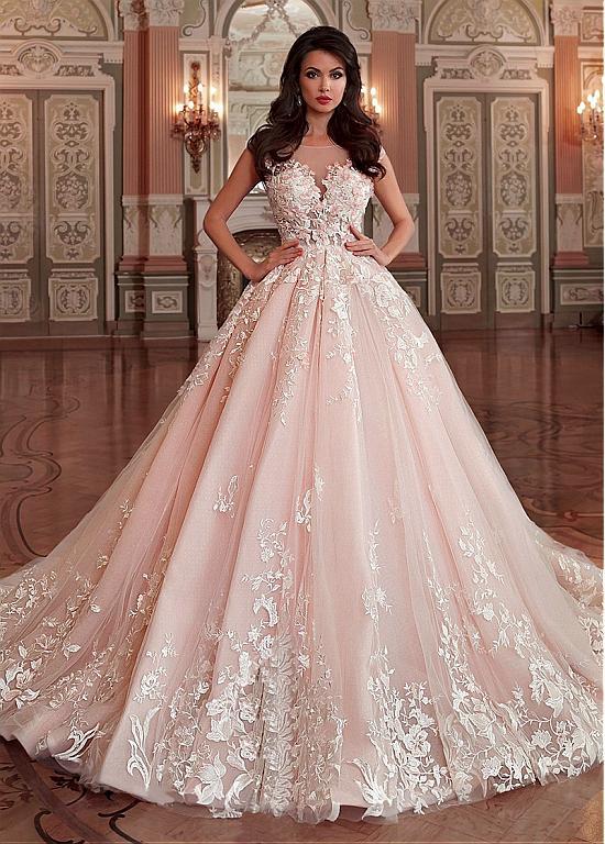 Stunning Tulle & Organza Bateau Neckline Ball Gown Wedding Dress .
