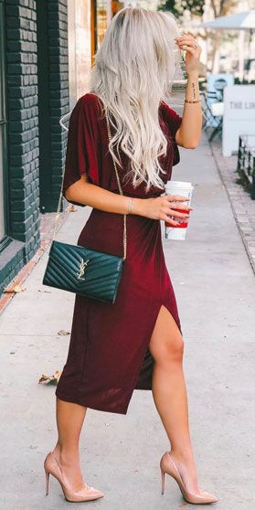 33+ Party Perfect Cute Christmas Outfits for Women - Hi Giggle .