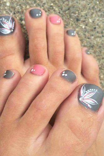 Nail Designs for Truly Fashionable Chicks Who Follow the Trends .