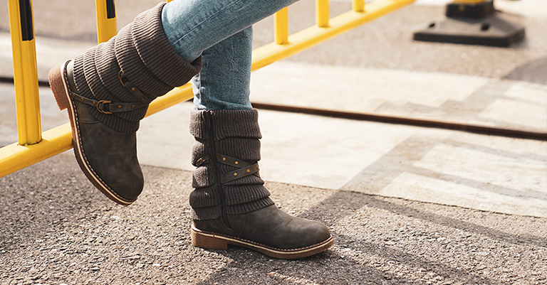 Top 10 Best Winter Boots for Women in 2020 Reviews - Outdoor Finde