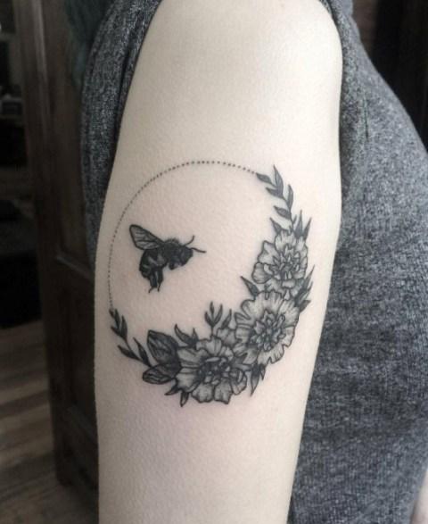 Bee Tattoo Ideas