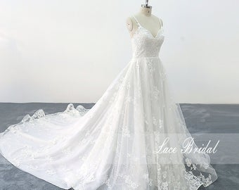 Chic Wedding Gowns