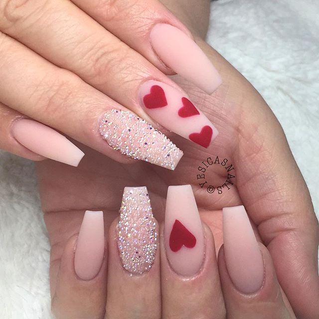 Lovely and Cute Valentine's Day Nails