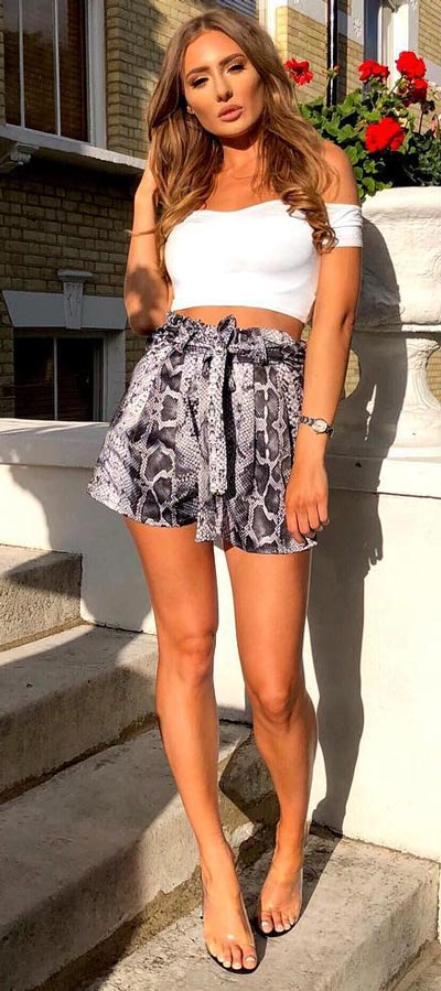 Mini Skirt Styling Ideas